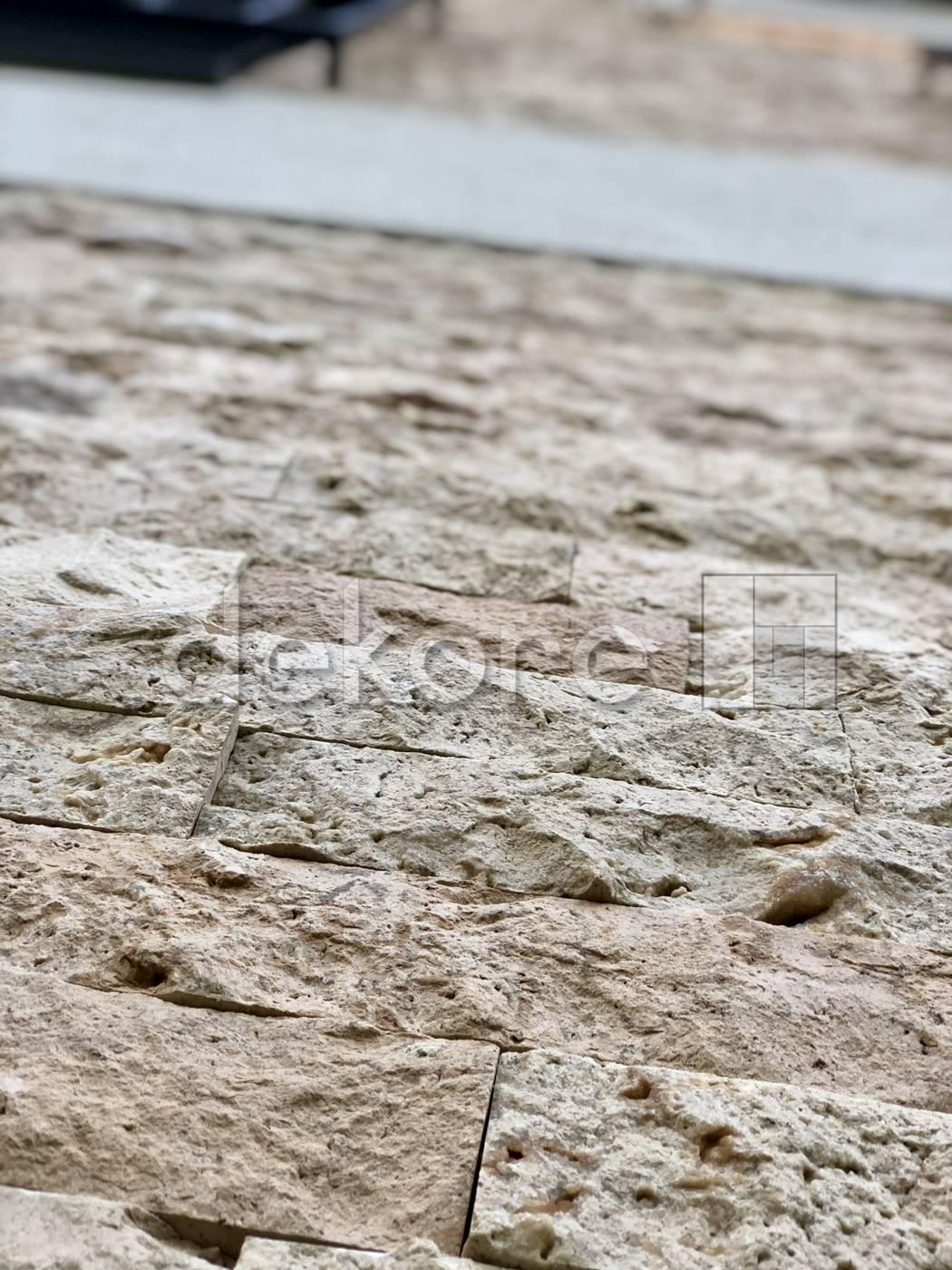 elewacja z trawertynu kamień elewacyjny dekoracyjny